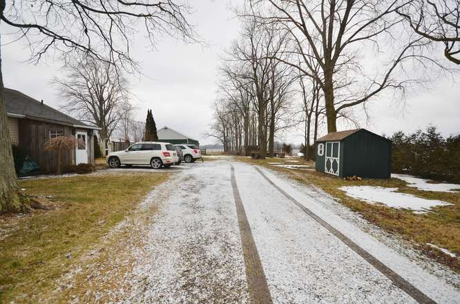 Lots of parking in driveway or outbuilding